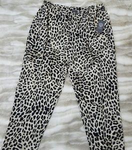 Vince Camuto Ladies Leopard Print Size L Slacks